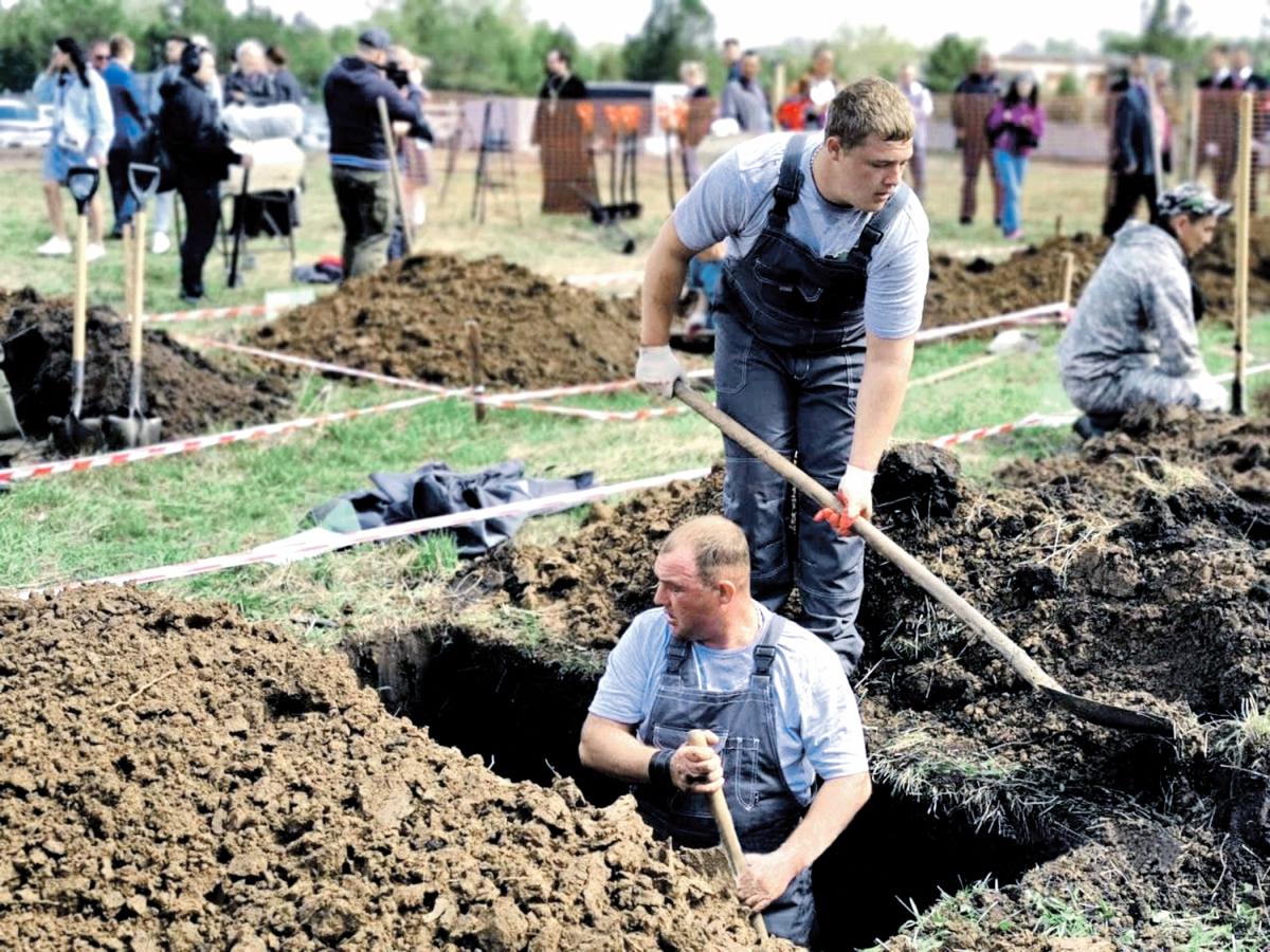 В Сибири проводят конкурс могильщиков