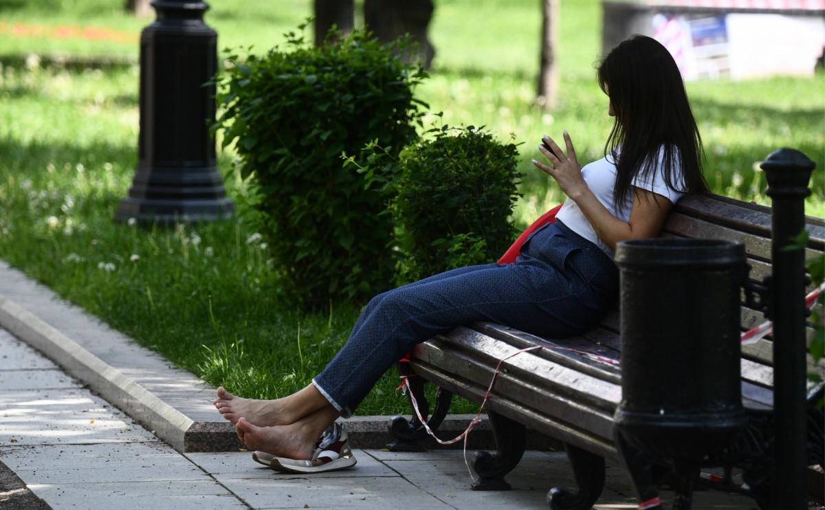 Четыре тысячи рублей штрафа за отдых на скамейках