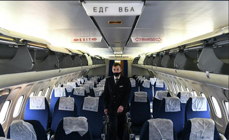 Летевшего в Москву пассажира сняли с рейса за отказ надеть маску