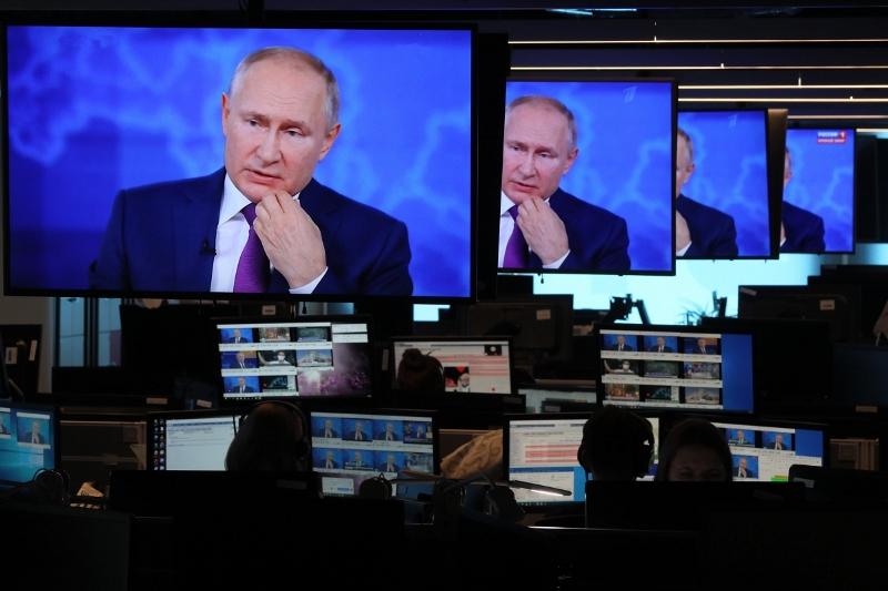На прямой линии – президент Путин
