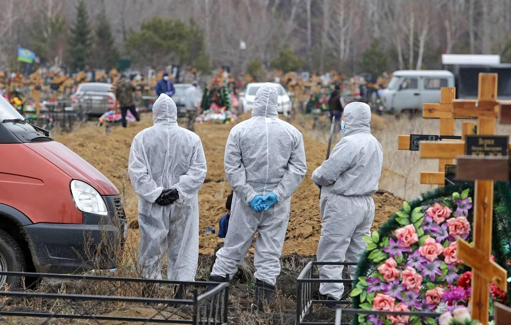 808 человек умерли от коронавируса за прошедшие сутки
