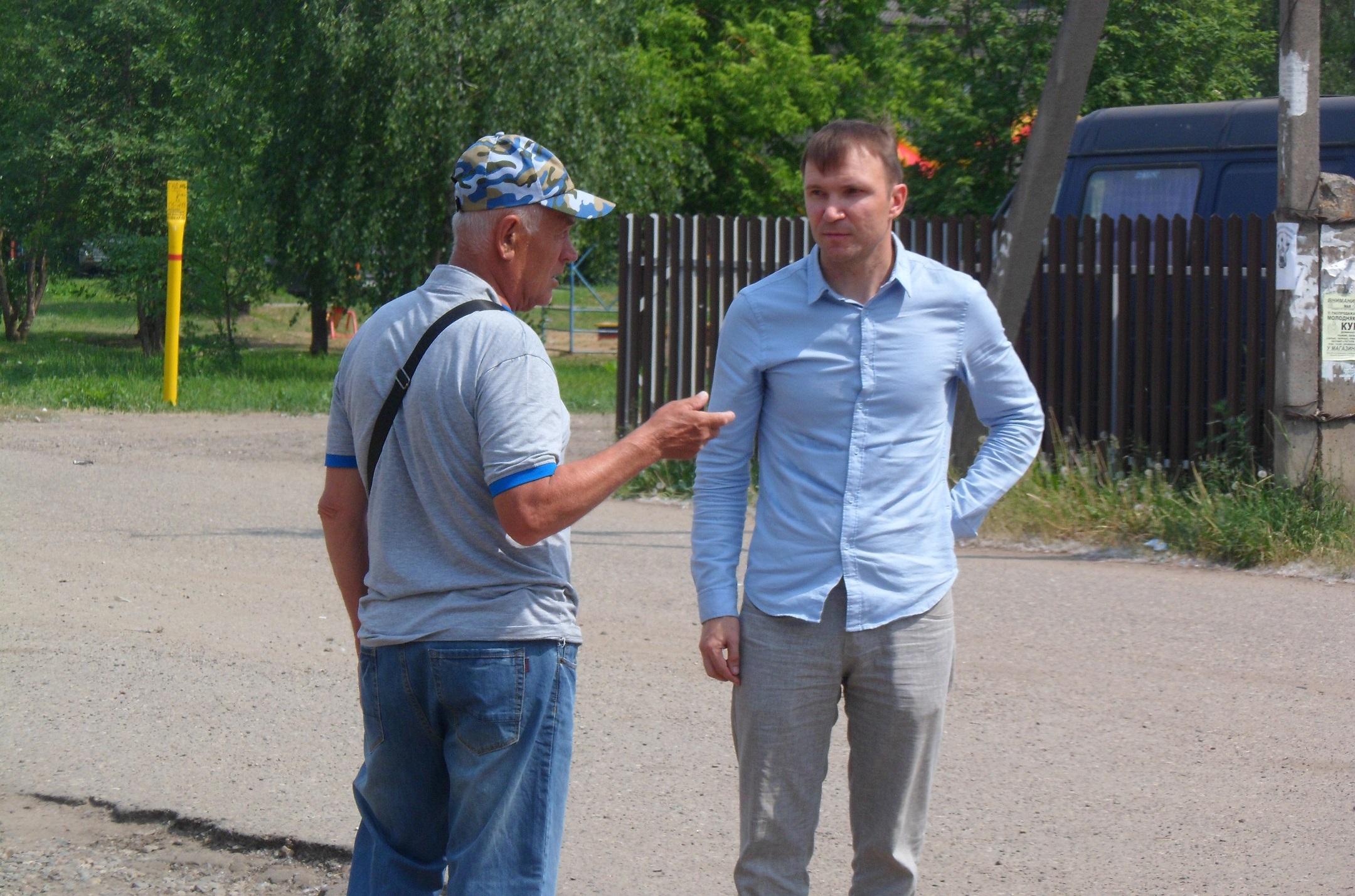 Депутат КПРФ Вячеслав Майков борется за права сельских жителей